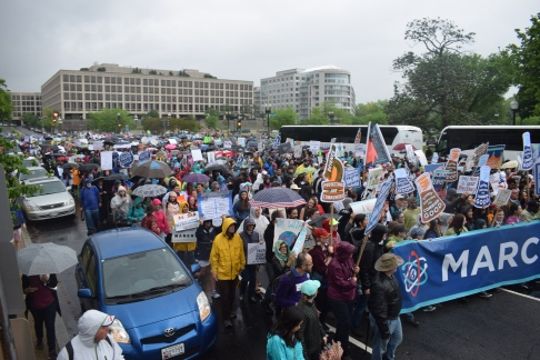 The crowd filling the street at the March for Science. (Photo by Cam Hasbrouck 4-22-17)